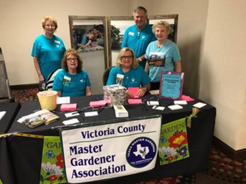 Master Gardeners Promote Gardening Knowledge
