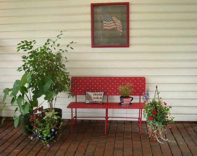 Patriotic Sitting Area