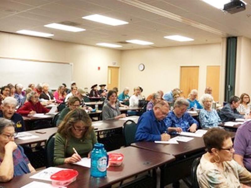 Master Gardeners help educate at Lunch & Learn with the Masters