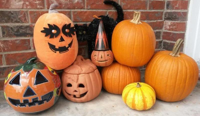 Pumpkins as Jack-o-lanterns