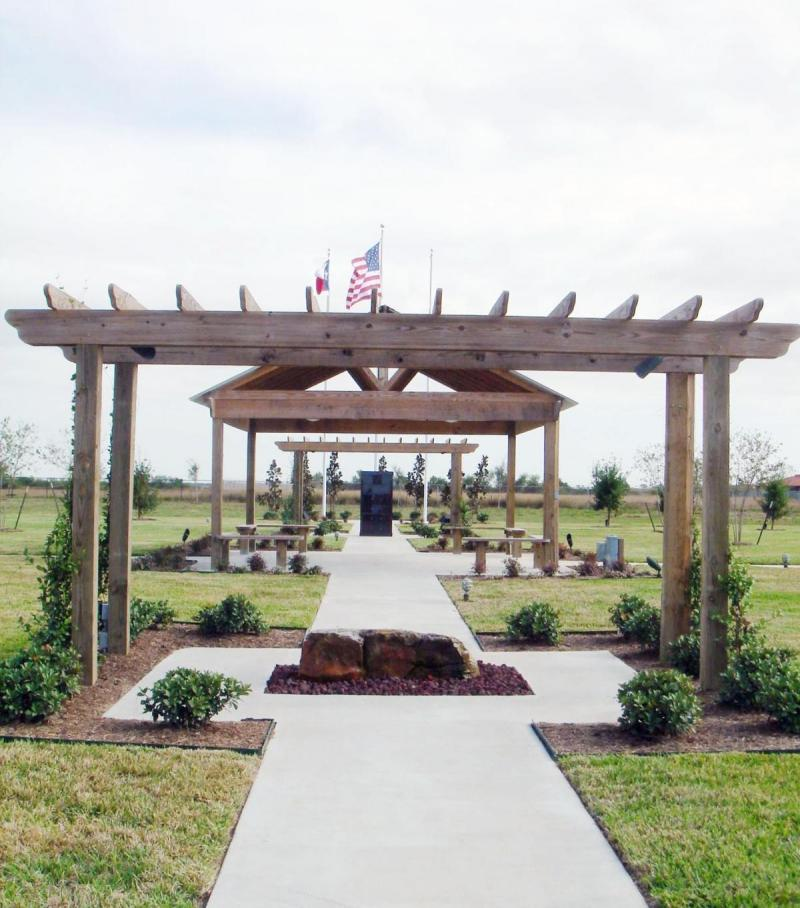 Memory Meadows Memorial Park offers final resting place for a beloved pet