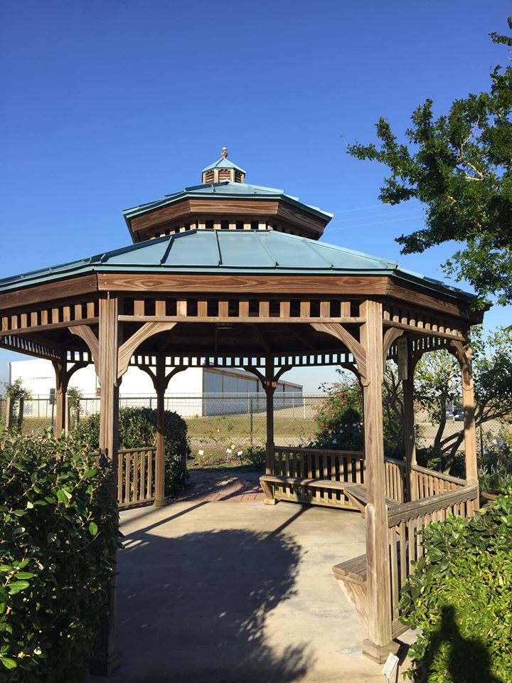 Tearoom Gazebo has relaxing benches built in